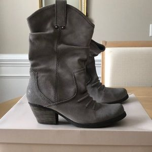 BCBG Grey suede cowgirl boots